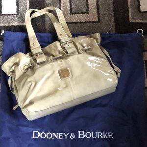 dooney & bourke green purse